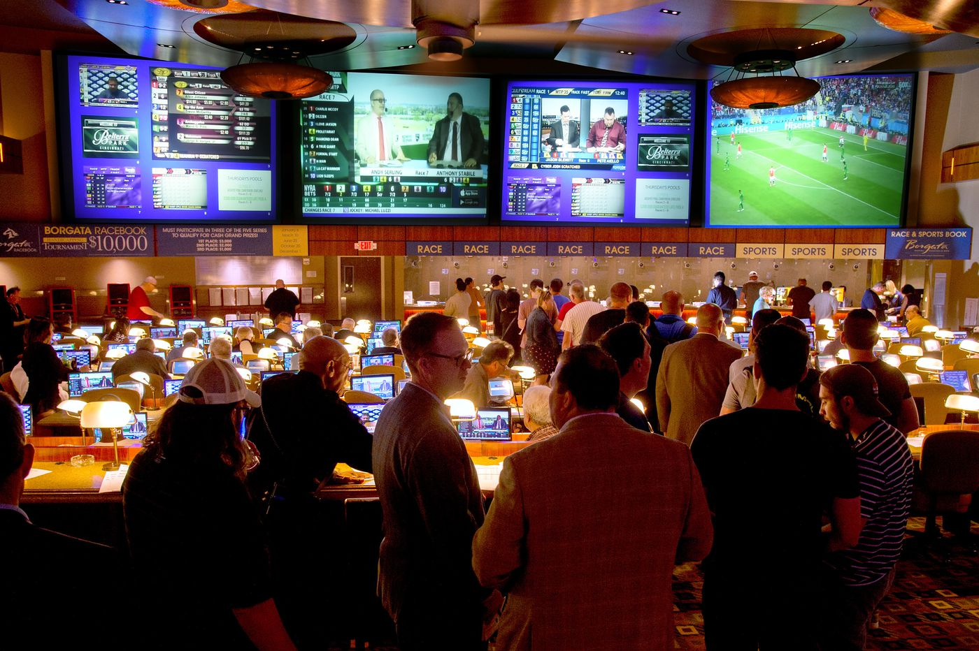 Sports betting tips for advanced players: Always win safely with Surebets