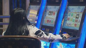 asian playing slots